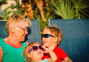 Multi-generational Grandma-and-grandkids-resort